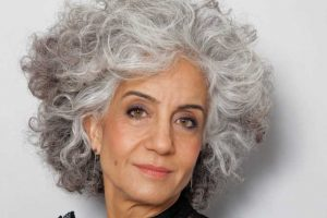 Is It Okay To Wear Eyeliner Over 50? Grab The Pro Guide Here!!!