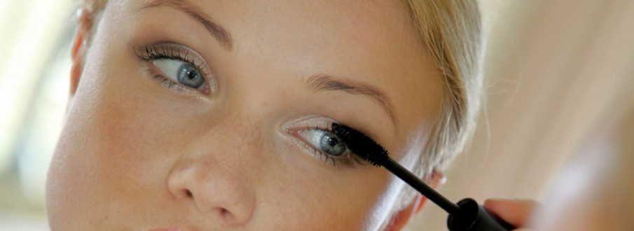 wear waterproof mascara