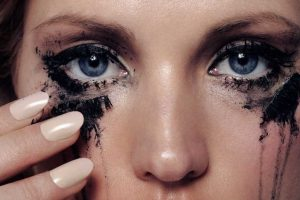 How Can You Stop Mascara from Running under Your Eyes? Easy Guide for Beginners!!!